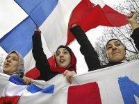 Hiyab símbolo de resistencia de mujer musulmana frente a falso axioma...jpg