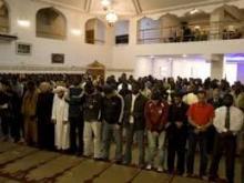 El abrazo al Islam de los hermanos latinoamericanos.jpg